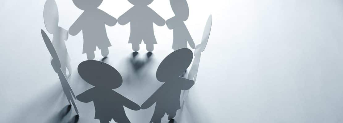 Paper chain family or community
